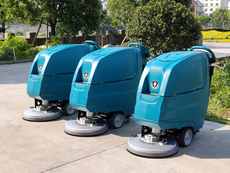 (洁士大型AM880TM电动自走式洗地吸干机)(适用于工厂、超市、地下车库、医院、汽车站、火车站、高铁站、飞机场等)