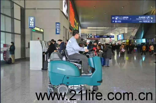 洁驰洗地机,洁驰驾驶式洗地机,洁驰BA850BT双刷驾驶式洗地机,洁驰BA900BT驾驶式洗地机