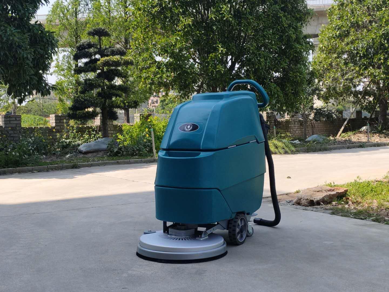 洁士M3电动手推式洗地机,电瓶手推式洗地机,电池手推式洗地机,手推式洗地机厂家